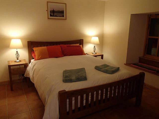 Oak Kingsize Bed
